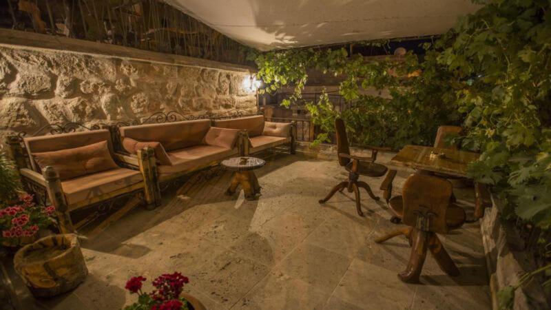 koza-cave-hotel-terrace